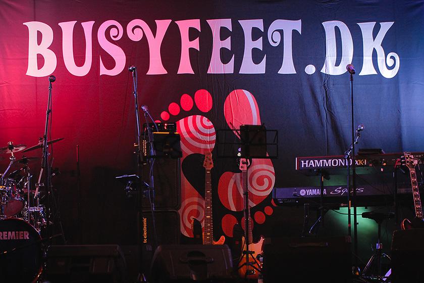 Busy Feet er klar til at lave et danseparty